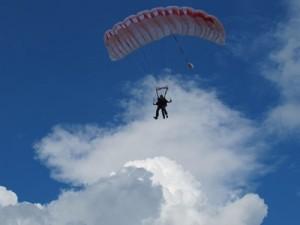 Des balades au go t d aventure cartridge world p rigueux - Saut en parachute bretagne pas cher ...